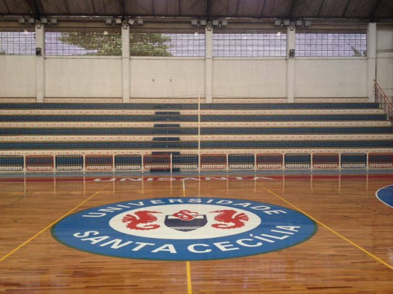 Quadra está pronta para os Jogos da Unisanta (Foto: Bruno Secco)