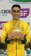 Nadador Lucas Santos